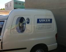 Uiker